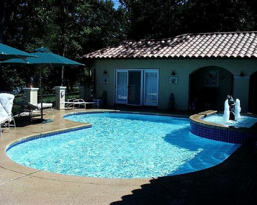 Luther Stem In-Ground Pools | Luther Stem Pools & Spas
